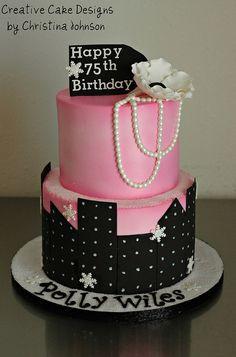 NY Skyline Cake by Christinas Dessertery, via Flickr