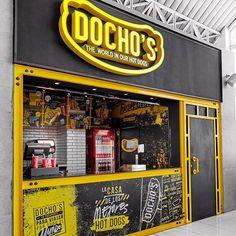 Kiosk Design, Cafe Shop Design, Booth Design, Store Design, San Salvador, Banana Shop, Hot Dog Restaurants, Food Court Design, Starting A Coffee Shop