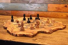 Handmade Christmas, Christmas Fun, Wood Chess Board, Wood Gifts, Etsy Crafts, Handmade Wooden, Cool Artwork, Decoration, Chess Games