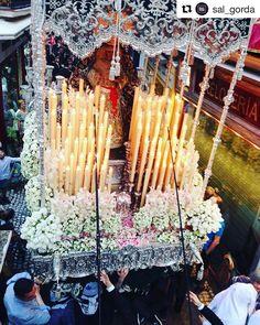 #InstagramELE  Mucho #amor hay en los preparativos de Semana Santa para que las procesiones sean tan emotivas. #ceaspring #ceaspring17 #Repost @sal_gorda with @repostapp  #lacandelaria #semanasanta #semanasantasevilla #martessanto #semanasanta17 #virgen #palio #cofradia