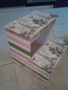 Banco Modelo Paris Con Tecnica Decoupage - en MercadoLibre Decoupage Box, Decoupage Vintage, Chalk Paint, Decorative Boxes, Printables, Craft Ideas, Scrapbook, Painting, Home Decor