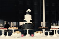 Beautiful black and white cake.  Perfect for my wedding.