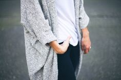 slouchy cardigan, white tee, dark jeans, casual cool outfit