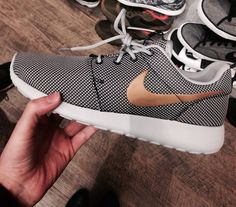 Nike Free, Womens Nike Roshe Shoes, not only fashion but also amazing price $20, Get it now!