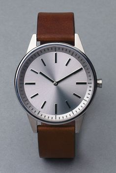 Uniform Wares 250 series wristwatch