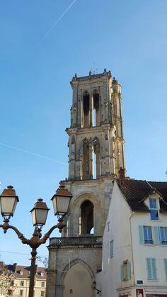 Place St Maclou- Mantes-La-Jolie - Mantois - Yvelines - Ile de France - France