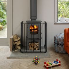 Contemporary wood-burning stove guard, made-to-measure if needed from British manufacturers, Garden Requisites. Peace of mind for those with children and/or pet safety in mind! #logburner #logburning http://www.garden-requisites.co.uk/products/fireguards/