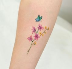 Butterfly With Flowers Tattoo, Butterfly Tattoos For Women, Ankle Tattoos For Women, Butterfly Wrist Tattoo, Butterfly Art, Mini Tattoos, Body Art Tattoos, Small Tattoos, Tattoo Arm
