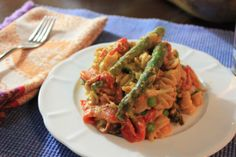 Creamy Tomato Asparagus and Roasted Red Pepper Pasta