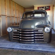 Hot Wheels - Don't try and tell me you would not want this view behind your garage door! Bagged Trucks, Lowered Trucks, Gm Trucks, Cool Trucks, 1951 Chevy Truck, Chevy Pickup Trucks, Chevrolet Trucks, Chevy 3100, Chevy Pickups