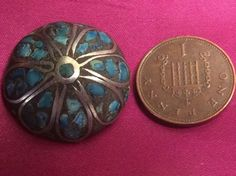 ANTIQUE LARGE 23mm INDIAN SILVER & TURQUOISE WHEEL SHAPE BUTTON - LOT 245