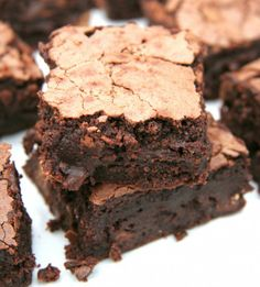 A legfinomabb brownie Cake Recipes, Dessert Recipes, Paleo Brownies, Sweet Cakes, Sweet Desserts, Winter Food, Pound Cake, Cupcake Cakes, Food To Make