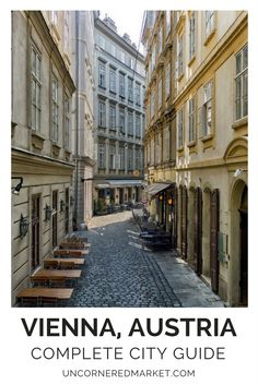 A guide to exploring Vienna, Austria, especially for the first time visitor. Things to do, best cafes, restaurants and museums, a night at the opera and tips for exploring the Christmas Markets. Travel in Europe. | Uncornered Market Travel Blog