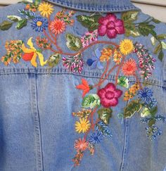 Hand Work Embroidery, Folk Embroidery, Embroidery Fashion, Hand Embroidery Designs, Cross Stitch Embroidery, Embroidery Patterns, Machine Embroidery, Denim Crafts, Yarn Crafts