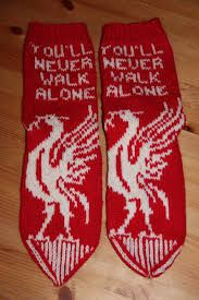 Bilderesultater for liverpool genser oppskrift Walking Alone, Liverpool, Christmas Stockings, Holiday Decor, Blogging