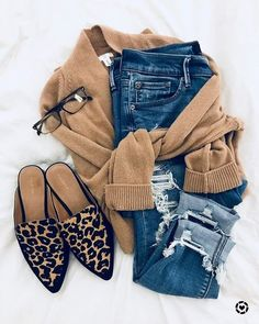 10 Chic Ways To Style Edgy Animal Prints - Joanna Rahier - - 10 Cool Ways to Wear Leopard Print – This edgy fashion trend + style tips is guaranteed to turn heads in 2020 Mode Outfits, Casual Outfits, Fashion Outfits, Fashion Trends, 00s Fashion, Dope Fashion, Style Fashion, Womens Fashion, Fall Winter Outfits
