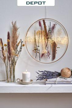 Diy Crafts For Home Decor, Crafts To Do, Diy Wall Art, Diy Wall Decor, Diy Flowers, Flower Decorations, Entryway Art, Diy Fleur, Dried Flower Wreaths