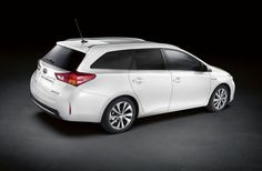 Toyota Auris Touring Sports Photos and Specs. Photo: Toyota Auris Touring Sports models and 26 perfect photos of Toyota Auris Touring Sports Toyota Auris, Sports Models, Sports Pictures, Perfect Photo, Model Photos, Touring, Vehicles, Specs, Cars
