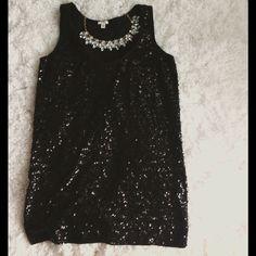 Sequin tank! Like new! Length: 23 bust: 32, stunning tank!! Offers are considered. Perfect, like new condition. NO trades J. Crew Tops Tank Tops