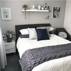 best modern bedroom wall decor ideas to try 00017 Master Bedroom Design, Dream Bedroom, Home Decor Bedroom, Modern Bedroom, Bedroom Wall, White Bedroom Decor, Bedroom Designs, Couple Bedroom Decor, Small Bedroom Ideas For Couples