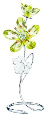 Deoria, Swarosvki Crystal-Yellow - On first sight, it's a deep yellow. Change your position - and it's clear crystal! This blossom has faceted crystal petals in a new color gradient from clear to. Swarovski Ornaments, Swarovski Crystal Figurines, Swarovski Jewelry, Swarovski Crystals, Glass Figurines, Collectible Figurines, Modern Jewelry, Fine Jewelry, Swarovski Butterfly