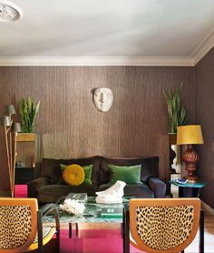 Mimosa Lane: Pedestals, Malachite... an apartment with a few of my favorite things