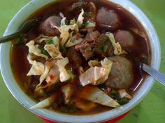 Meat ball...in lndonesia is bakso. So hotttttt