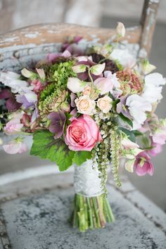 Wanting a vintage feel but still a modern look for your bouquet? We think this gorgeous arrangement fits the brief! Photo by J'adore Love, Bouquet by Ivie Joy Bride Bouquets, Bridesmaid Bouquet, Floral Bouquets, Bridal Flowers, Beautiful Flowers, Parfum Rose, Pink Bouquet, Arte Floral, Floral Wedding