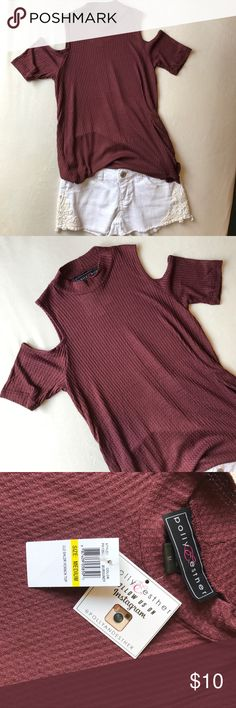 NWT MAROON COLD SHOULDER TOP NWT super soft cold shoulder top. I am a small and it doesn't look big on me. I will say it will look good on a XS to M body. Tops