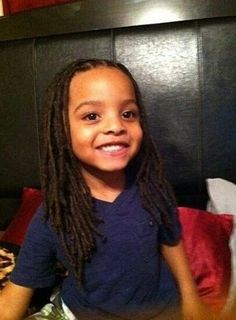 This is adorable, my son have a head full of hair and long and after seeing this I believe he would look so handsome with dreads! Dreadlock Styles, Dreads Styles, Dreadlock Hairstyles, Curly Hair Styles, Pelo Natural, Natural Hair Care, Natural Hair Styles, Natural Dreads, Divas
