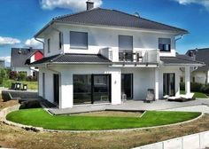 Kundenhaus in 61273 Wehrheim Style At Home, Bungalow, House Plans, Sweet Home, Home And Garden, Outdoor Structures, Mansions, Architecture, House Styles