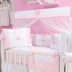 kit berço coroa Beatrix Potter Nursery, Nursery Room, Linen Bedding, Kids And Parenting, Baby Shower Gifts, Decoration, Toddler Bed, Projects To Try, Furniture