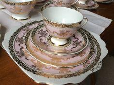 Beautiful Gladstone china vintage bone china tea cup trio with large cake plate Bone China Tea Cups, Gladstone, Cake Plates, Tea Pots, Tableware, Beautiful, Vintage, Dinnerware, Tablewares