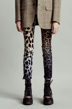 Shop the Alison Skinny - Black Faded Leopard and other women's designer jeans from Denim. Fashion 2020, High Fashion, Womens Fashion, Vogue Fashion, Chic Outfits, Fashion Outfits, Fashion Trends, Fashion Poses, Fashion Editorials
