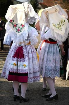 Spreewald Tracht / Traditional festive costume for the Spreewald region