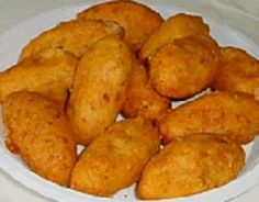 Aardappelkroket Met Parmazaanse Kaas Pitta, Food Festival, Fruits And Vegetables, Finger Foods, Sweet Potato, Seafood, Fries, Potatoes, Cooking Recipes