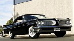 1959 Pontiac Bonneville, the car that inspired the grille of the 1960 Edsel.