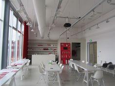 Voorbeeld openbare werkplek(met koffie)