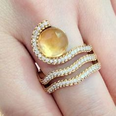 Sugar and spice. Citrine and diamond ring.