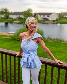 This flash of skin elongates the neck and creates a look that is both flirty and fun. The bow on the front and one shoulder sleeve make this so unique. #oneshoulder #bow #top One Shoulder Tops, Shoulder Shirts, Shoulder Sleeve, Cold Shoulder, Womens Trendy Tops, Cap Sleeve Top, Women's Casual, Casual Summer, Black Blouse