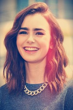 #FridayFavorites Lily Collin's Short Hair #Dying #hair