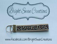 Leopard hands-free key fob wristlet key chain