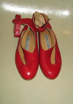 Banned apparel rouge-norma polkadots dancing shoes