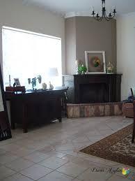 Αποτέλεσμα εικόνας για διακοσμηση σαλονιου με γωνιακο τζακι και εισοδο απεναντι New Homes, Home Decor, Decoration Home, Room Decor, Home Interior Design, Home Decoration, Interior Design