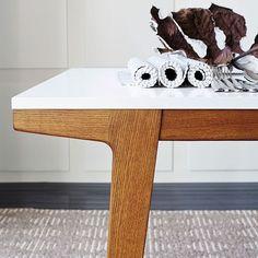 New living room modern scandinavian dining tables 31 Ideas Dinning Room Tables, Furniture Dining Table, Modern Dining Table, Round Dining Table, Kitchen Furniture, Office Furniture, Furniture Movers, Oversized Furniture, Modern Furniture