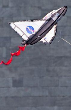 Kite Store, Stunt Kite, Stove Heater, Kite Flying, Space Shuttle, Gliders, Cherry Blossom, Design, Barn Owls