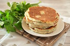 Pancakes cu bacon - Retete culinare by Teo's Kitchen Lidl, Pancakes, Bacon, Picnic, Breakfast, Kitchen, Food, Morning Coffee, Cooking