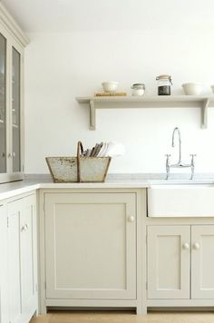 12 Farrow and Ball Kitchen Cabinet Colors For The Perfect English Kitchen White Kitchen Cabinets Ball Cabinet Colors English Farrow Kitchen Perfect Devol Shaker Kitchen, Devol Kitchens, Farmhouse Kitchen Cabinets, Kitchen Cabinet Colors, Shaker Cabinets, Home Kitchens, Farmhouse Sinks, White Cabinets, Kitchen Colors