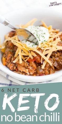 Keto Chili recipe that is whipped together in just 10 minutes and cooked all in the slow cooker. This is the easiest healthy weeknight dinner the whole family will love. #keto #ketochili #ketorecipe #lowcarb #lowcarbrecipes #thatslowcarb #recipe #slowcooker #slowcookerchili #chili #nobeanchili Gluten Free Recipes For Lunch, Low Carb Dinner Recipes, Lunch Recipes, Keto Chili Recipe, Chili Recipes, Keto Recipes, Slow Cooker Chili, Slow Cooker Recipes, Healthy Weeknight Dinners