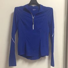 $89 Zella NEW Reflective Long Sleeve Exercise Top Gorgeous royal blue color, size S. Reflective piping and half zip closure front. Fitted. Absorbs moisture! 100% authentic and brand new without tags. Purchased at Nordstroms, retails for $89. Zella Tops